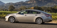 2015 Toyota Avalon Pictures