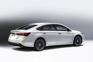 2016 Toyota  Avalon Picture