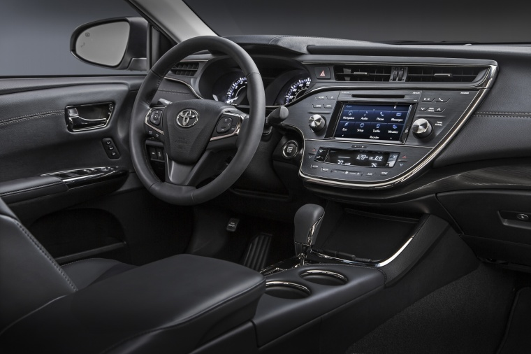 2017 Toyota Avalon Touring Interior Picture