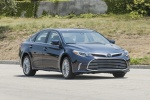 2017 Toyota Avalon Limited in Parisian Night Pearl - Driving Front Right Three-quarter View