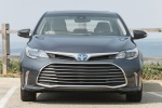 2017 Toyota Avalon Hybrid Limited in Magnetic Gray Metallic - Static Frontal View