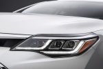 2017 Toyota Avalon Touring Headlight