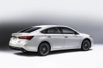2018 Toyota Avalon Touring in Blizzard Pearl - Static Rear Right Three-quarter View