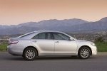 2010 Toyota Camry Hybrid in Classic Silver Metallic - Static Side View