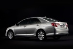 2013 Toyota Camry Hybrid XLE in Classic Silver Metallic - Static Rear Three-quarter View