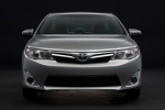 2014 Toyota Camry Hybrid XLE in Classic Silver Metallic - Static Frontal View