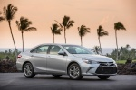 2015 Toyota Camry SE in Celestial Silver Metallic - Status Front Right Three-quarter View