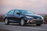 2015 Toyota Camry Hybrid SE in Blue Crush Metallic - Driving Front Right Three-quarter View