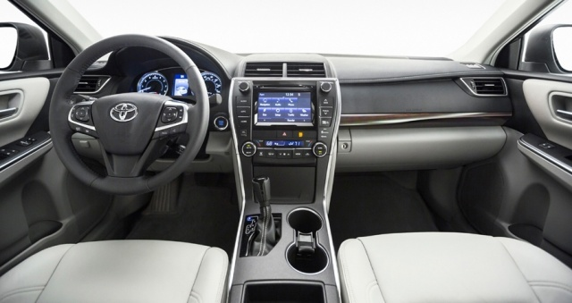 2016 Toyota  Camry Picture