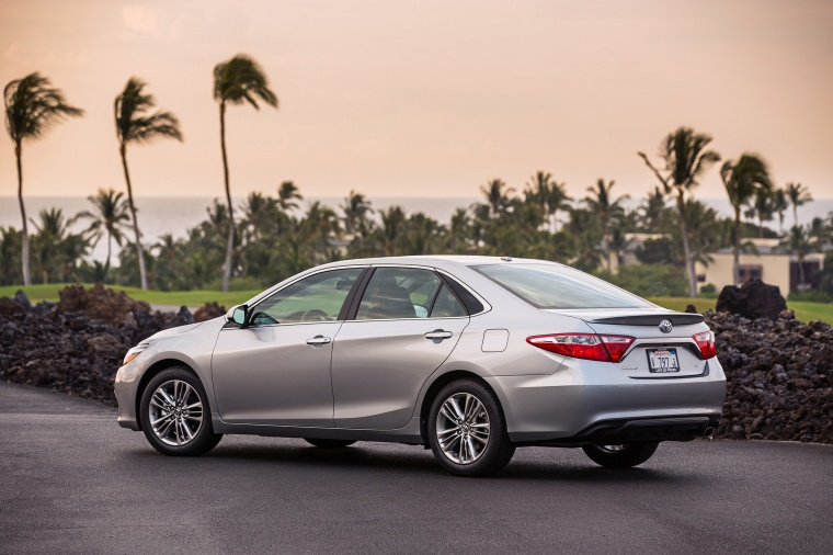 2017 Toyota Camry SE in Celestial Silver Metallic from a rear left three-quarter view