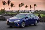 Picture of 2017 Toyota Camry Hybrid SE