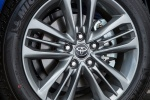 Picture of 2017 Toyota Camry Hybrid SE Rim