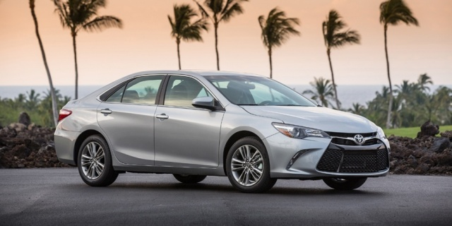 2017 Toyota Camry Pictures