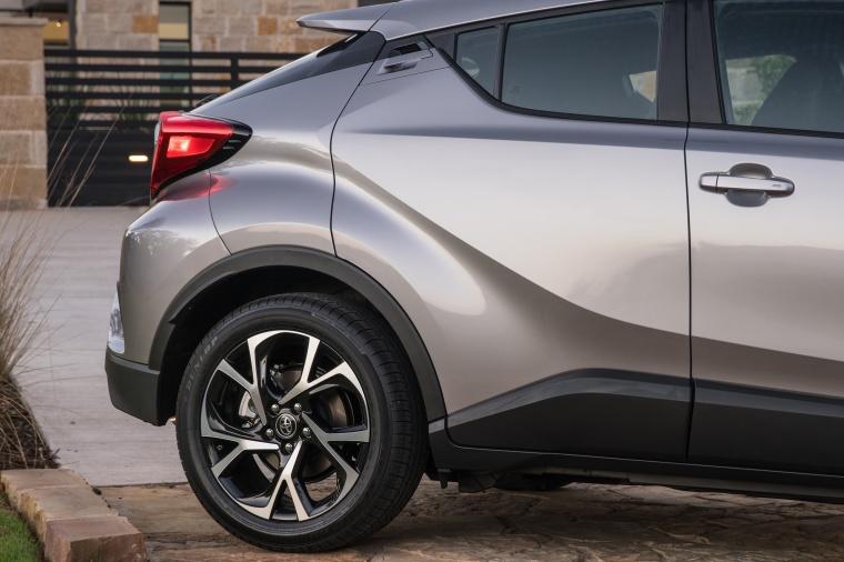 2018 Toyota C-HR Rear Door Picture