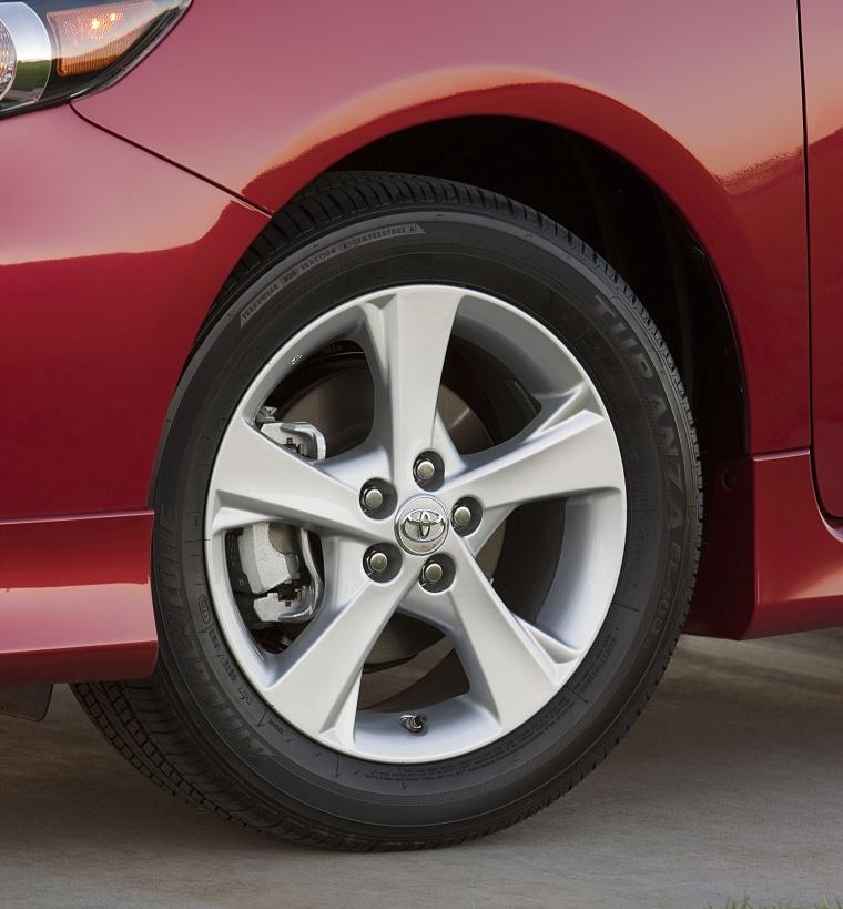 2013 Toyota Corolla S Rim Picture