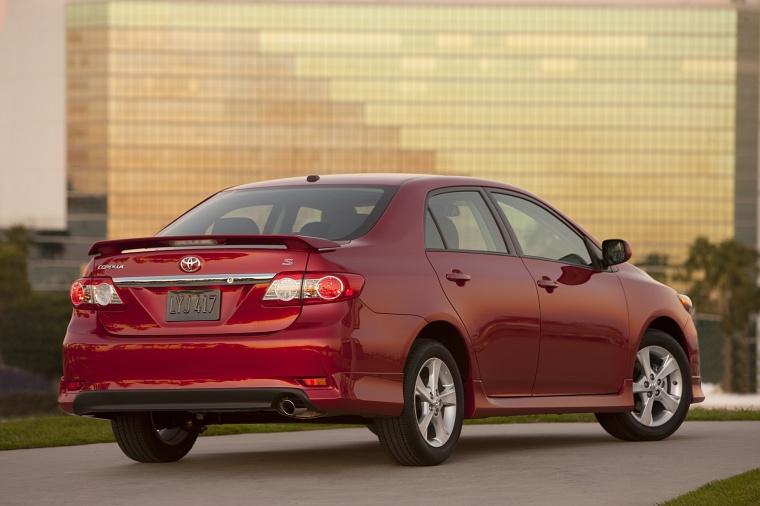 2013 Toyota Corolla S Picture