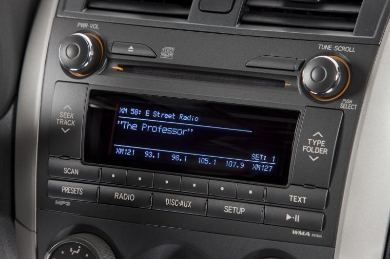 2013 Toyota Corolla S Center Stack Picture