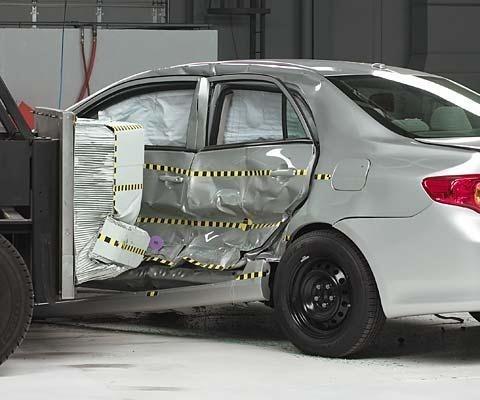 2013 Toyota Corolla IIHS Side Impact Crash Test Picture