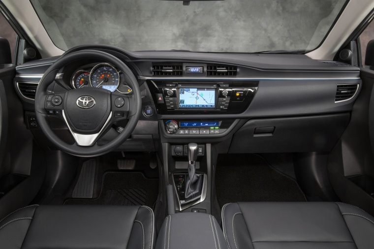 toyota corolla 2015 black. 2015 toyota corolla le eco cockpit in black n