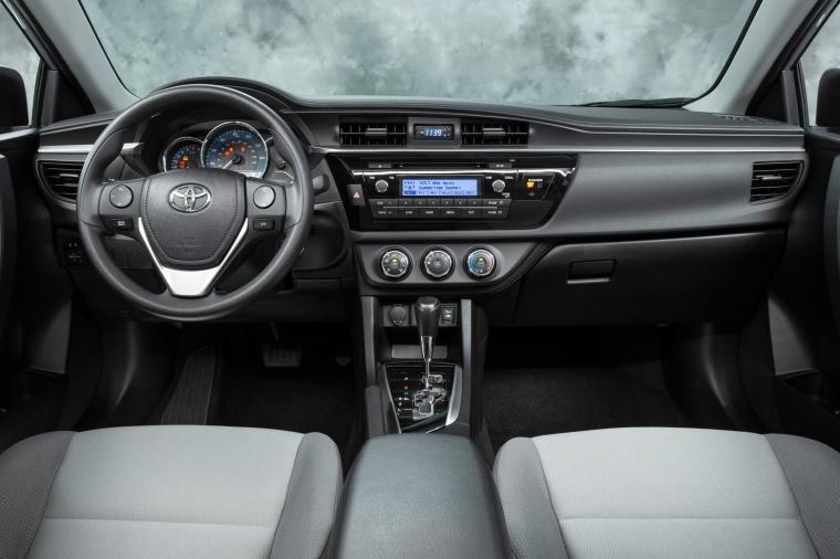 2016 Toyota Corolla LE Cockpit Picture