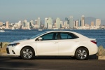 Picture of 2016 Toyota Corolla LE Eco in Blizzard Pearl