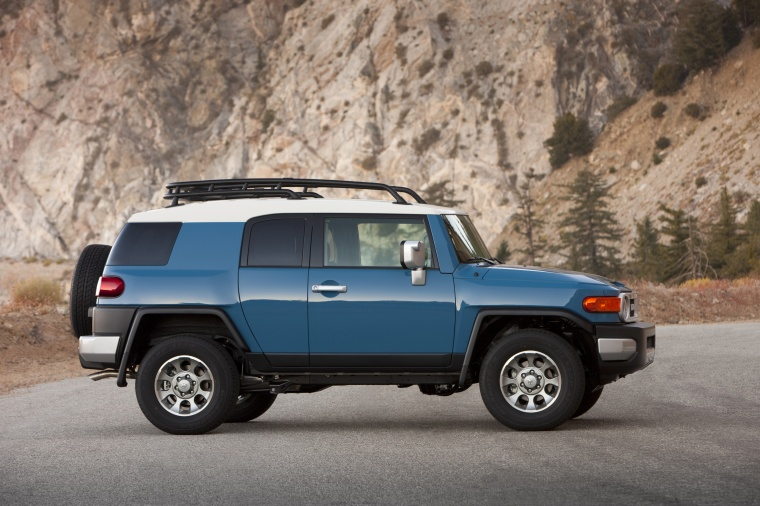 2012 Toyota FJ Cruiser in Cavalry Blue Color  Static  Side View