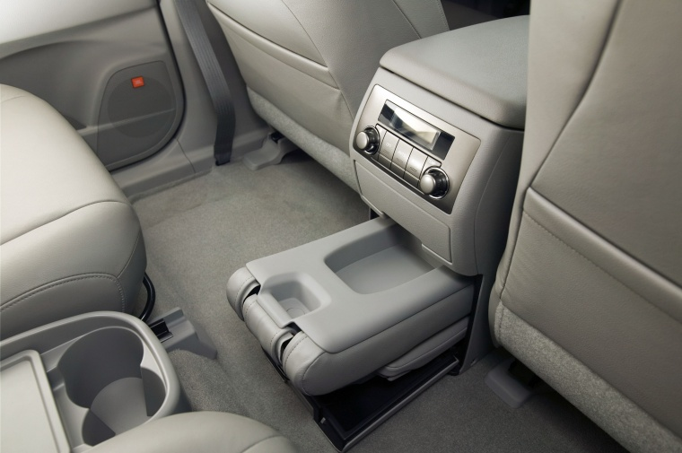 2010 Toyota Highlander Interior Picture Pic Image
