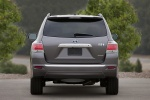 2012 Toyota Highlander Hybrid in Magnetic Gray Metallic - Static Rear View