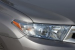Picture of 2012 Toyota Highlander Hybrid Headlight