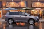 2013 Toyota Highlander Hybrid in Magnetic Gray Metallic - Static Right Side View
