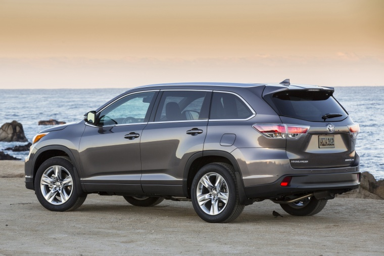 2015 toyota highlander limited awd in predawn gray mica. Black Bedroom Furniture Sets. Home Design Ideas