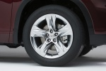 Picture of 2015 Toyota Highlander Limited AWD Rim