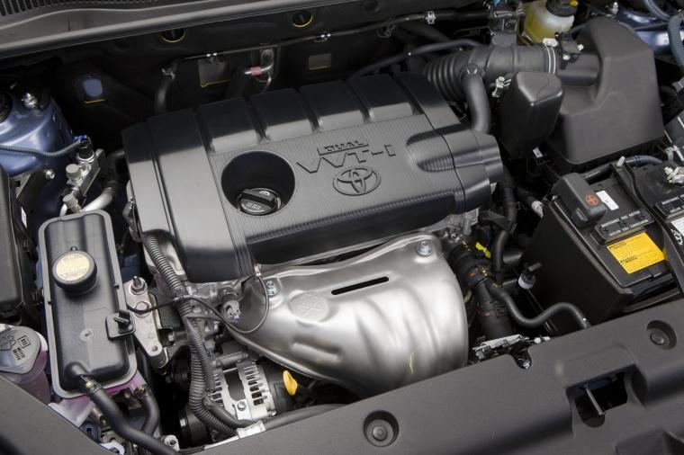 2010 Toyota RAV4 2.5-liter 4-cylinder Engine Picture
