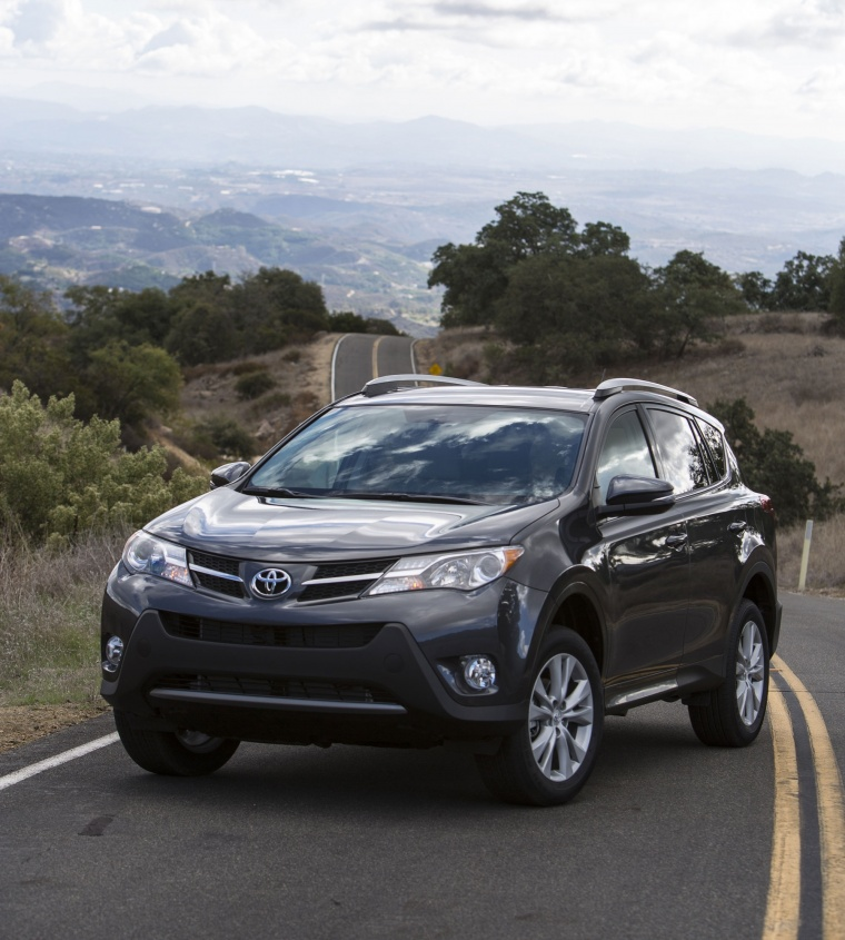 Picture of a 2014 Toyota RAV4 Limited in Magnetic Gray Pearl from a front left perspective