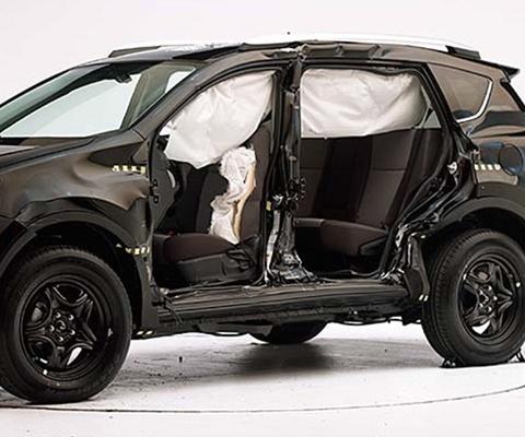 2016 Toyota RAV4 SUV IIHS Side Impact Crash Test Picture
