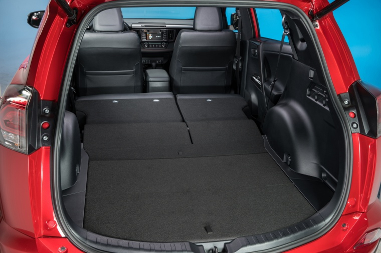 2017 Toyota RAV4 SE AWD Trunk with Rear Seats Folded