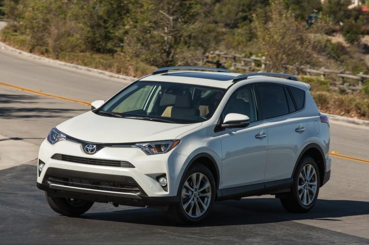 2017 Toyota RAV4 Hybrid XLE AWD Picture