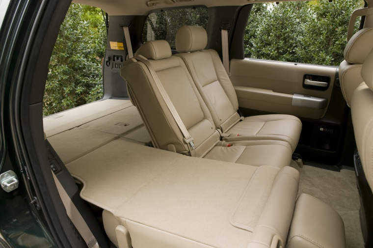 2017 Toyota Sequoia Third Row Seats Folded Picture