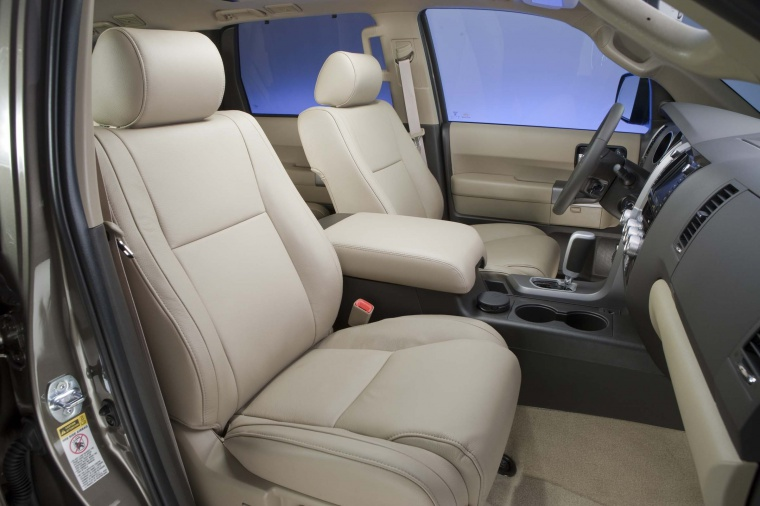 2017 Toyota Sequoia Front Seats Picture