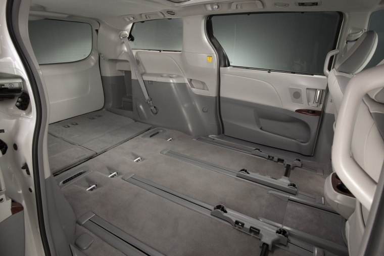2012 Toyota Sienna Limited Interior Picture Pic Image