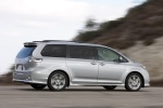 Picture of 2013 Toyota Sienna SE in Silver Sky Metallic