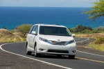 Picture of 2015 Toyota Sienna Limited in Super White