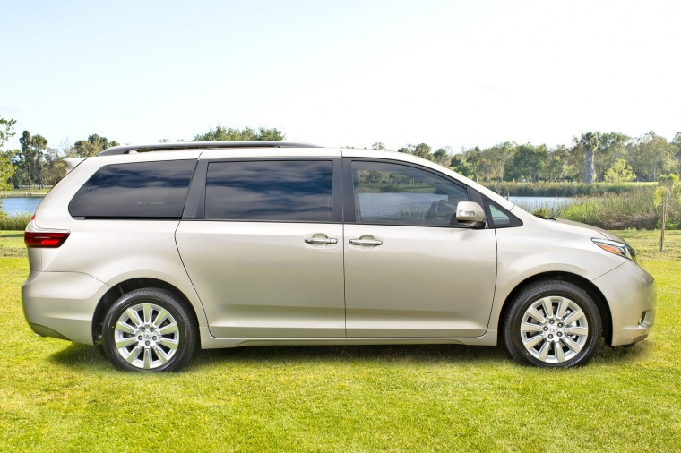 2016 Toyota Sienna Limited AWD in Creme Brulee Mica from a side view