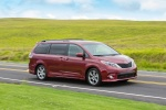 2016 Toyota Sienna SE in Salsa Red Pearl - Driving Front Right Three-quarter View
