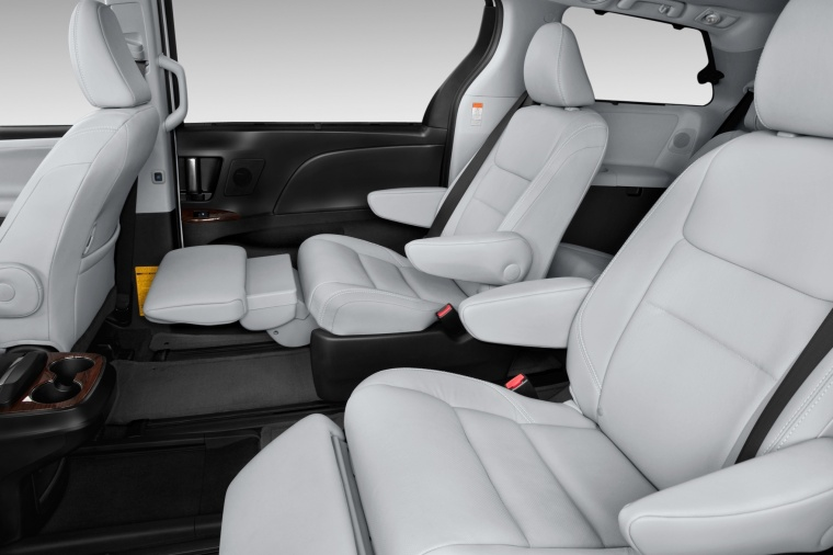 2017 Toyota Sienna Limited AWD Second Row Seats Picture
