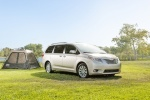 2017 Toyota Sienna Limited AWD in Creme Brulee Mica - Static Front Right Three-quarter View