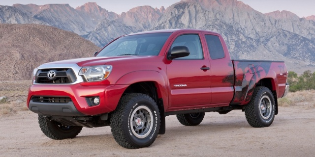 2015 Toyota Tacoma Pictures