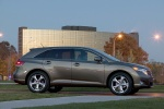 Picture of 2010 Toyota Venza in Golden Umber Mica