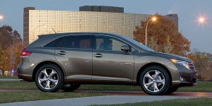 2011 Toyota Venza Reviews / Specs / Pictures / Prices