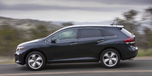 2013 Toyota Venza Reviews / Specs / Pictures / Prices